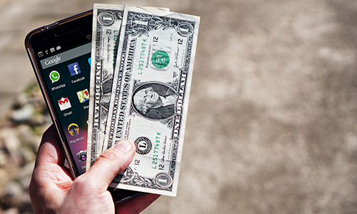 4 Ways To Make Money Off Your Free Mobile App
